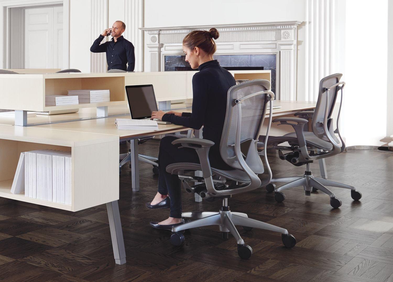 Nuova Contessa Task Chair